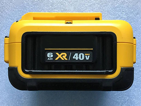 DEWALT DCB406 battery